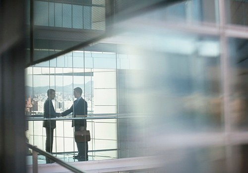 businessmen_shaking_hands-blog.jpg