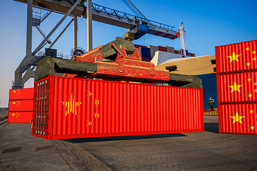 Chinese flag shipping containers