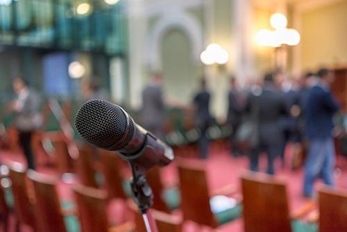 microphone_up_close-blog