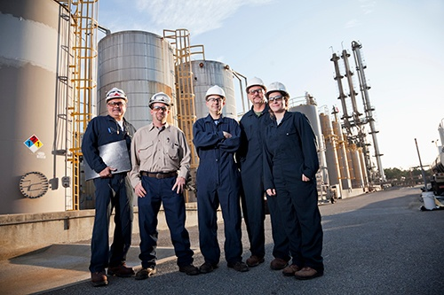 workers_at_chemical_plant-blog.jpg